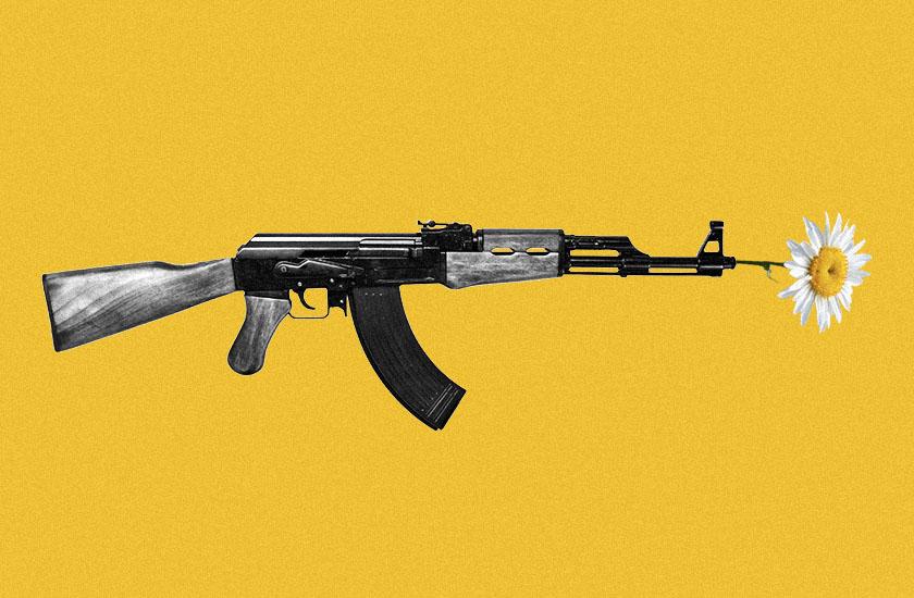 Художники попросили прибрати свої роботи з виставки в музеї, через недавній ярмарок зброї